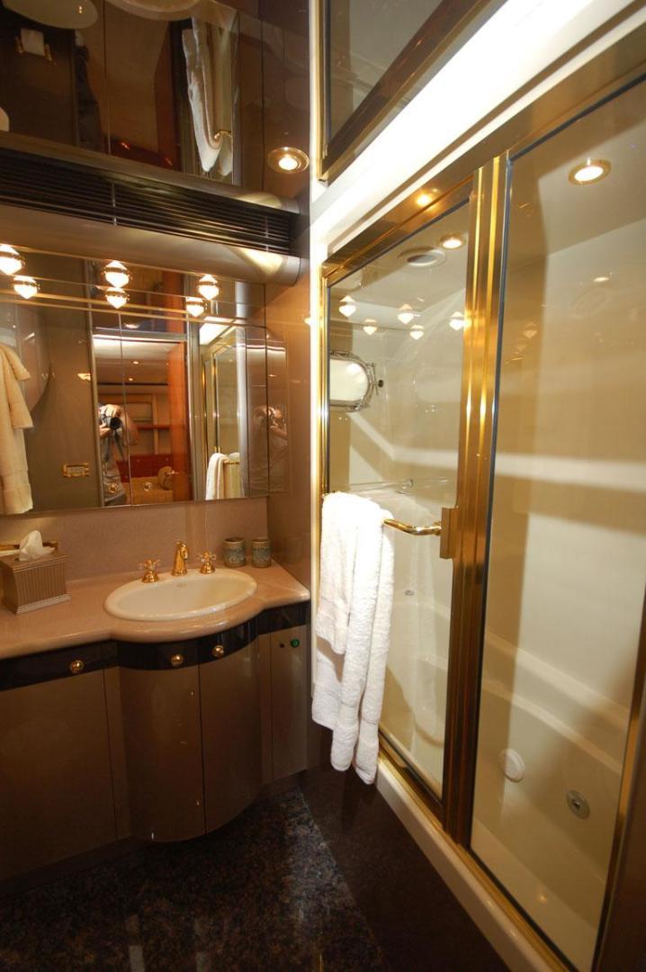 Cheoy Lee-Motor Yacht 1999-YOLY FORT LAUDERDALE-Florida-United States-VIP Bathroom-610127 | Thumbnail