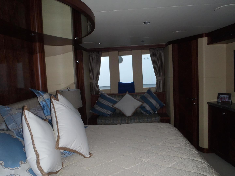 Ocean Alexander-Sky Lounge 2013-Risky Business Singer Island-Florida-United States-Full Width Master Stateroom-519057 | Thumbnail