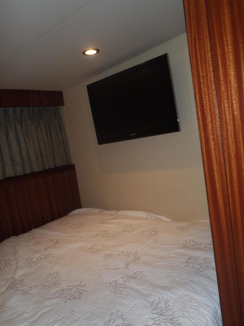 Ocean Alexander-Sky Lounge 2013-Risky Business Singer Island-Florida-United States-Captains Stateroom-519077 | Thumbnail