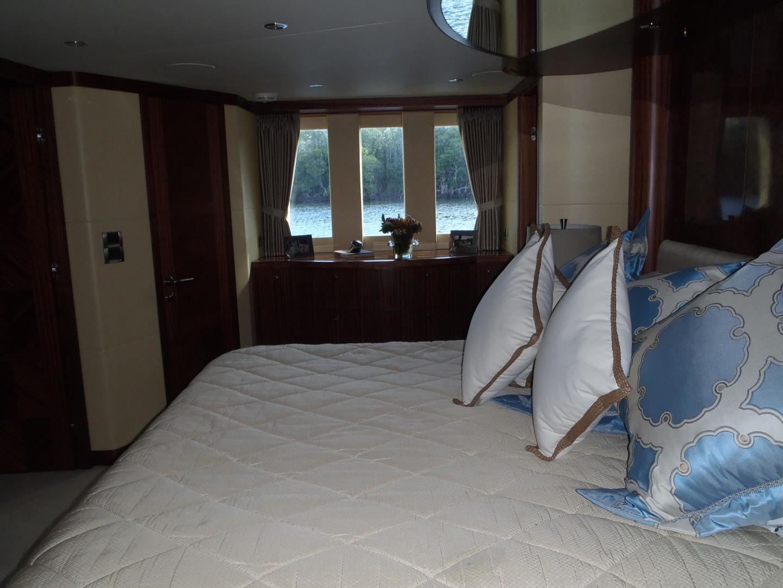 Ocean Alexander-Sky Lounge 2013-Risky Business Singer Island-Florida-United States-Master Stateroom-519061 | Thumbnail