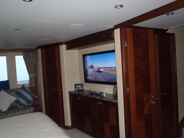 Ocean Alexander-Sky Lounge 2013-Risky Business Singer Island-Florida-United States-Master Stateroom-519058 | Thumbnail