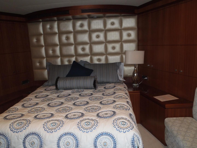 Ocean Alexander-Sky Lounge 2013-Risky Business Singer Island-Florida-United States-Fwd VIP Stateroom-519051 | Thumbnail