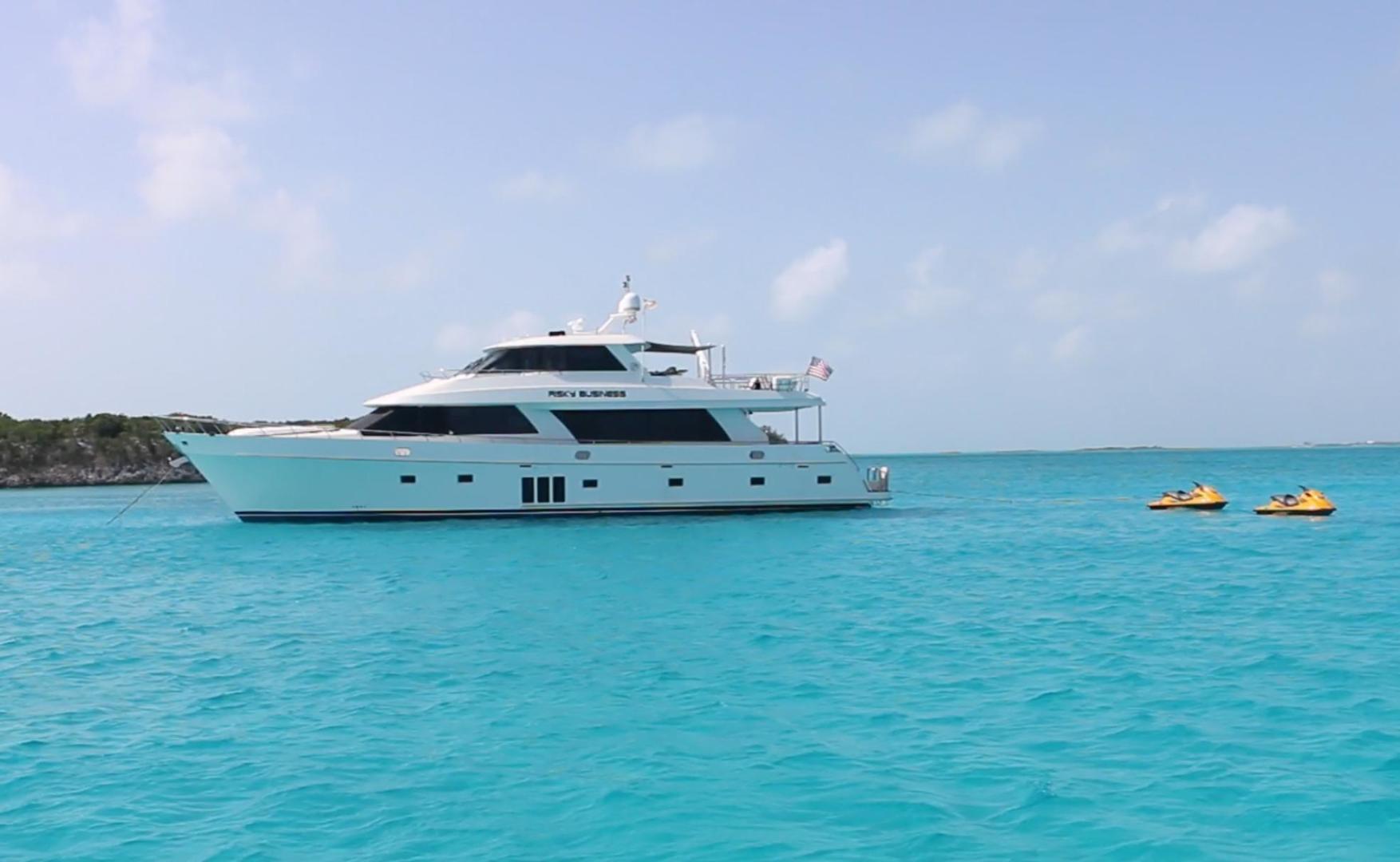 Ocean Alexander-Sky Lounge 2013-Risky Business Singer Island-Florida-United States-Bahamas at Anchor-519033 | Thumbnail