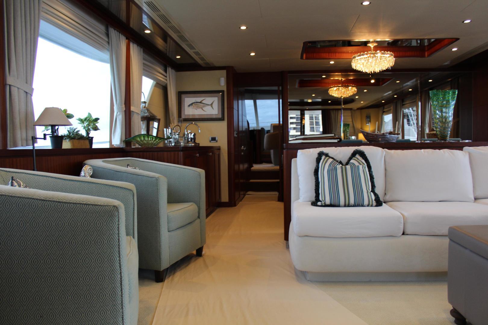 Ocean Alexander-Sky Lounge 2013-Risky Business Singer Island-Florida-United States-Salon-519087 | Thumbnail