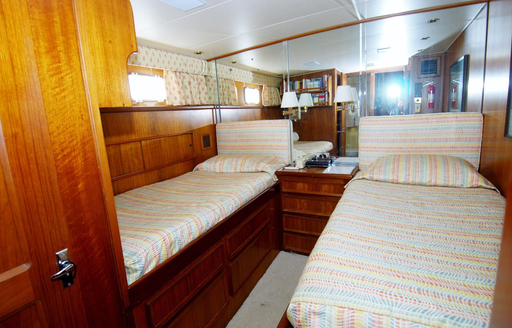 Hatteras-CPMY 1977-SENTRY Chesapeake-Virginia-United States-Guest Stateroom 1-452928 | Thumbnail