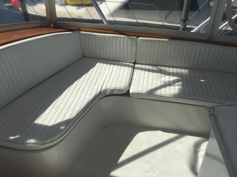 Buddy Davis-61 Sportfish 1989-ARROWHEAD Southport-Florida-United States-Fwd Flybridge seating strbdside-550960 | Thumbnail