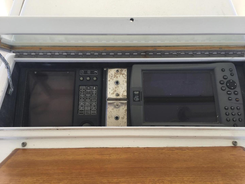 Buddy Davis-61 Sportfish 1989-ARROWHEAD Southport-Florida-United States-Electronics  above-550949 | Thumbnail