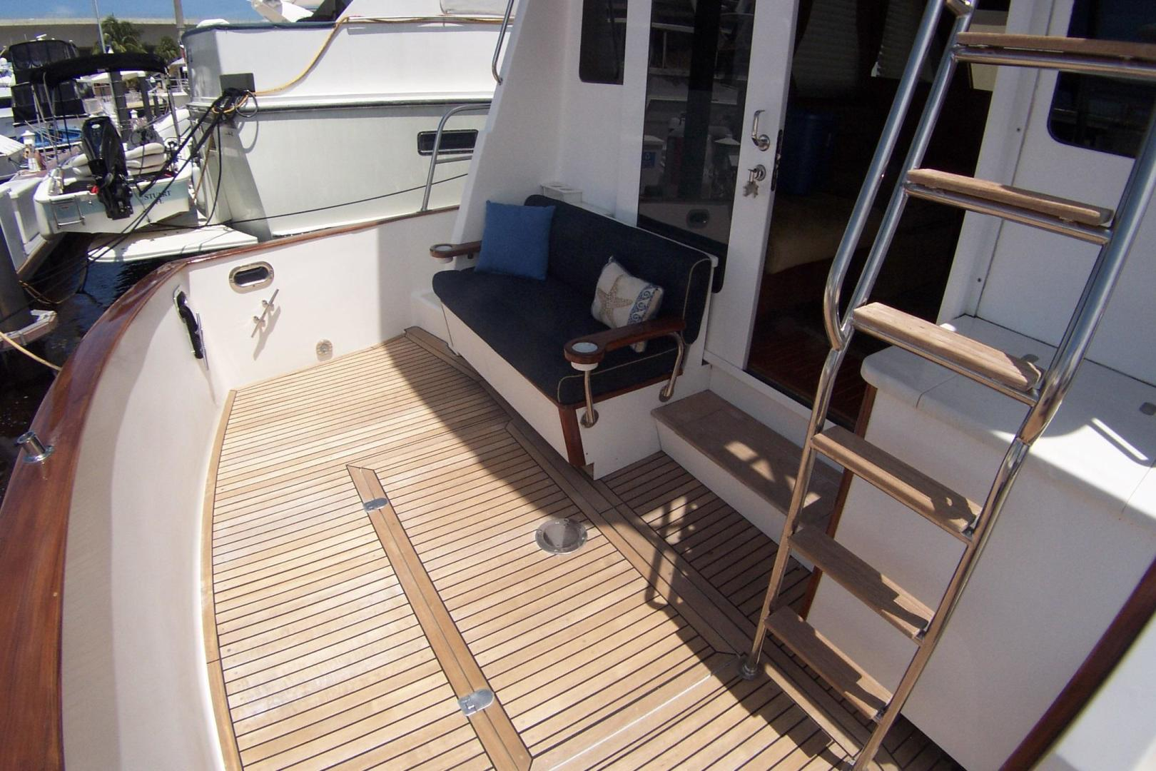 Legacy Yachts-Flybridge Sedan 2004-ARABELLA Stuart-Florida-United States-Teak Cockpit; Flybridge Access Ladder-453034 | Thumbnail