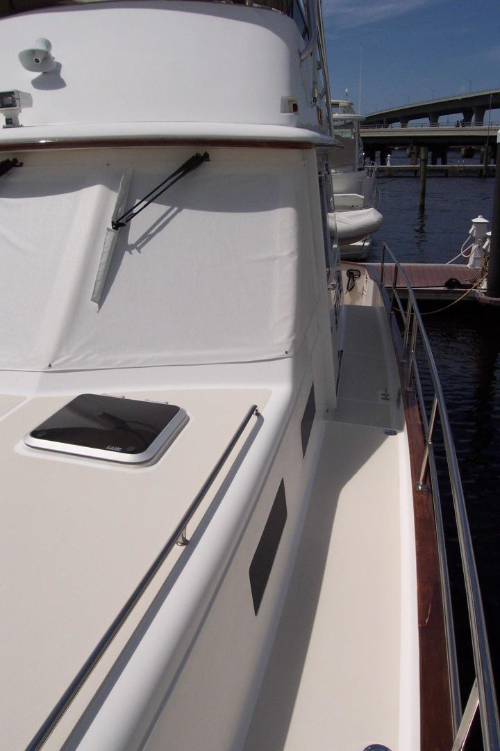 Legacy Yachts-Flybridge Sedan 2004-ARABELLA Stuart-Florida-United States-Port Side Deck to aft-453070 | Thumbnail