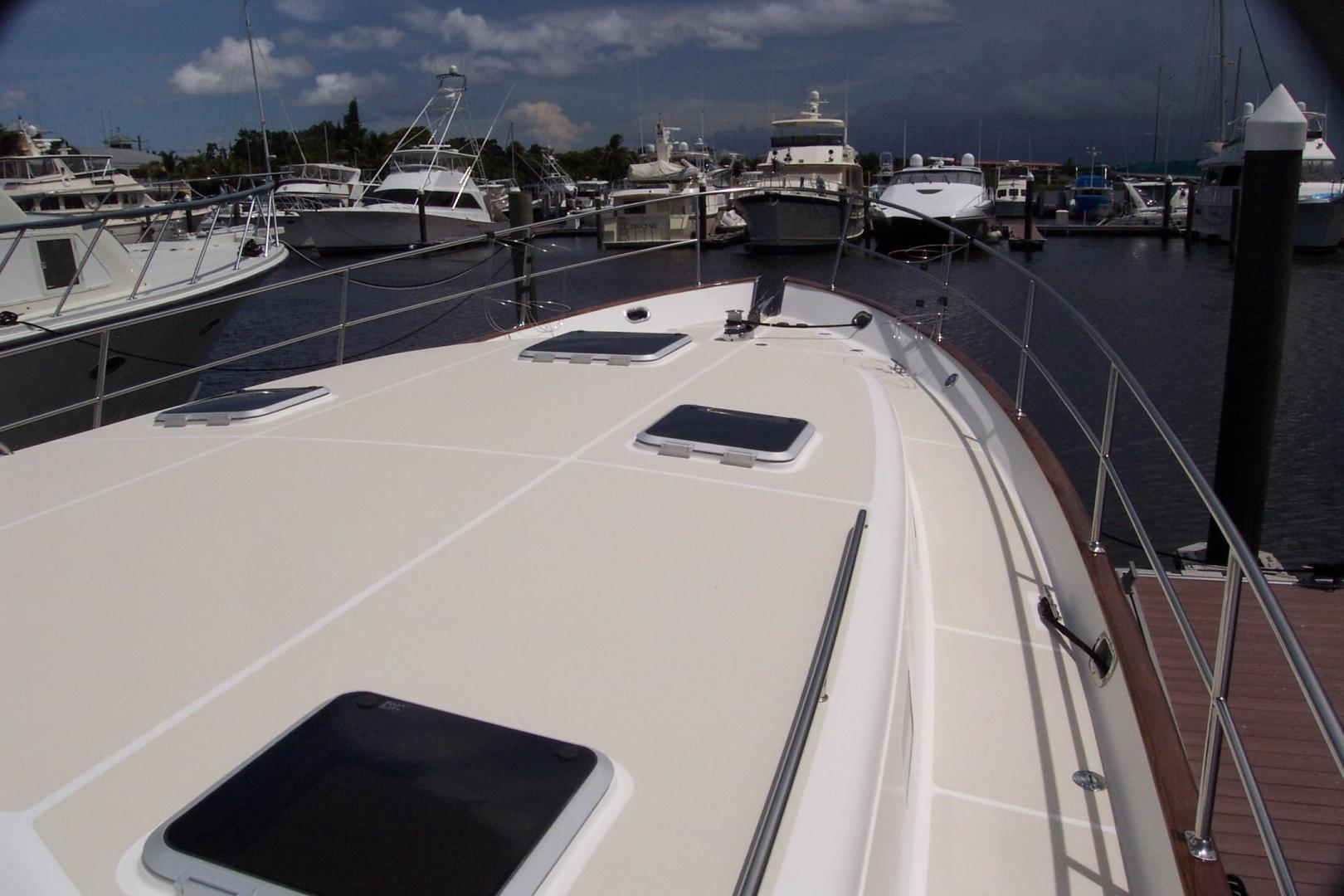 Legacy Yachts-Flybridge Sedan 2004-ARABELLA Stuart-Florida-United States-Sedan Cabin Roof-453065 | Thumbnail
