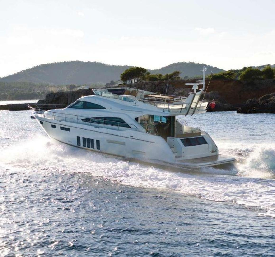 Picture Of: 65' Fairline Squadron 65 2013 Yacht For Sale | 1 of 34