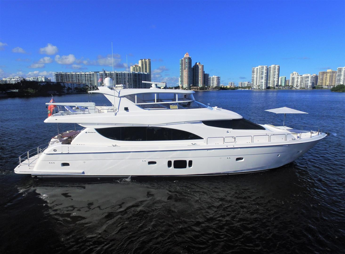Picture Of: 80' Hatteras 80 Motor Yacht 2015 Yacht For Sale | 2 of 112