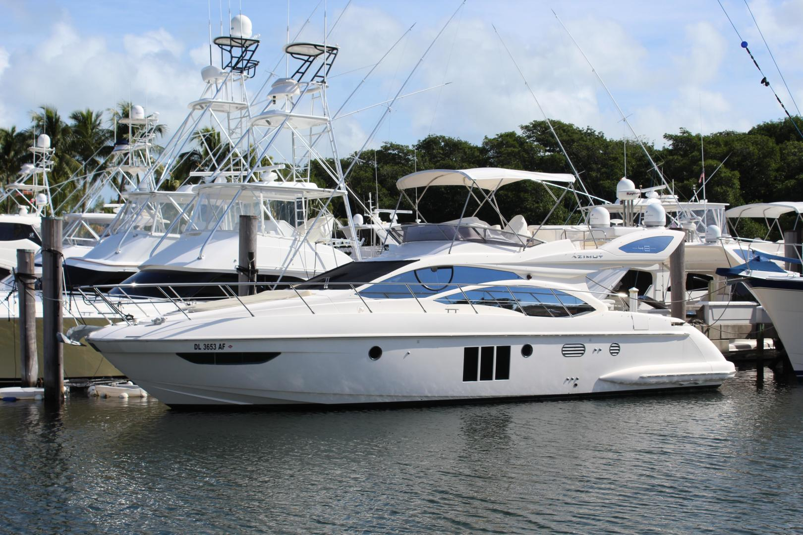 Picture Of: 48' Azimut 48 Flybridge 2012 Yacht For Sale | 1 of 87