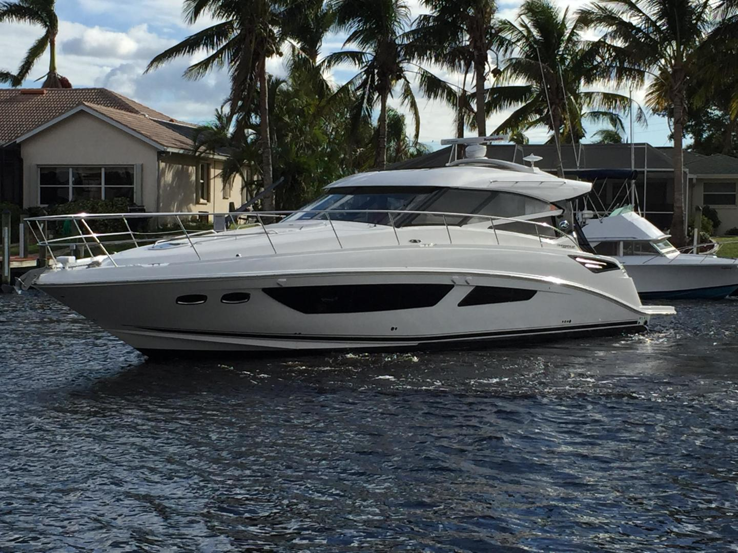 Picture Of: 47' Sea Ray 470 Sundancer 2015 Yacht For Sale | 2 of 124