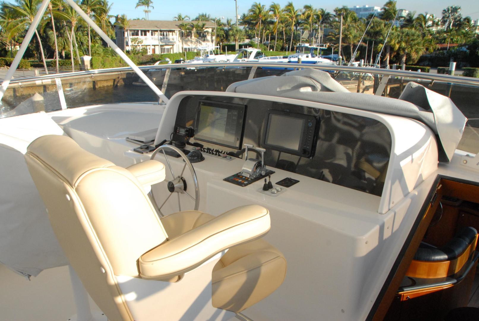 West Bay-Sonship 2003-ROOM SERVICE Fort Lauderdale-Florida-United States-Flybridge / Helm-474092 | Thumbnail