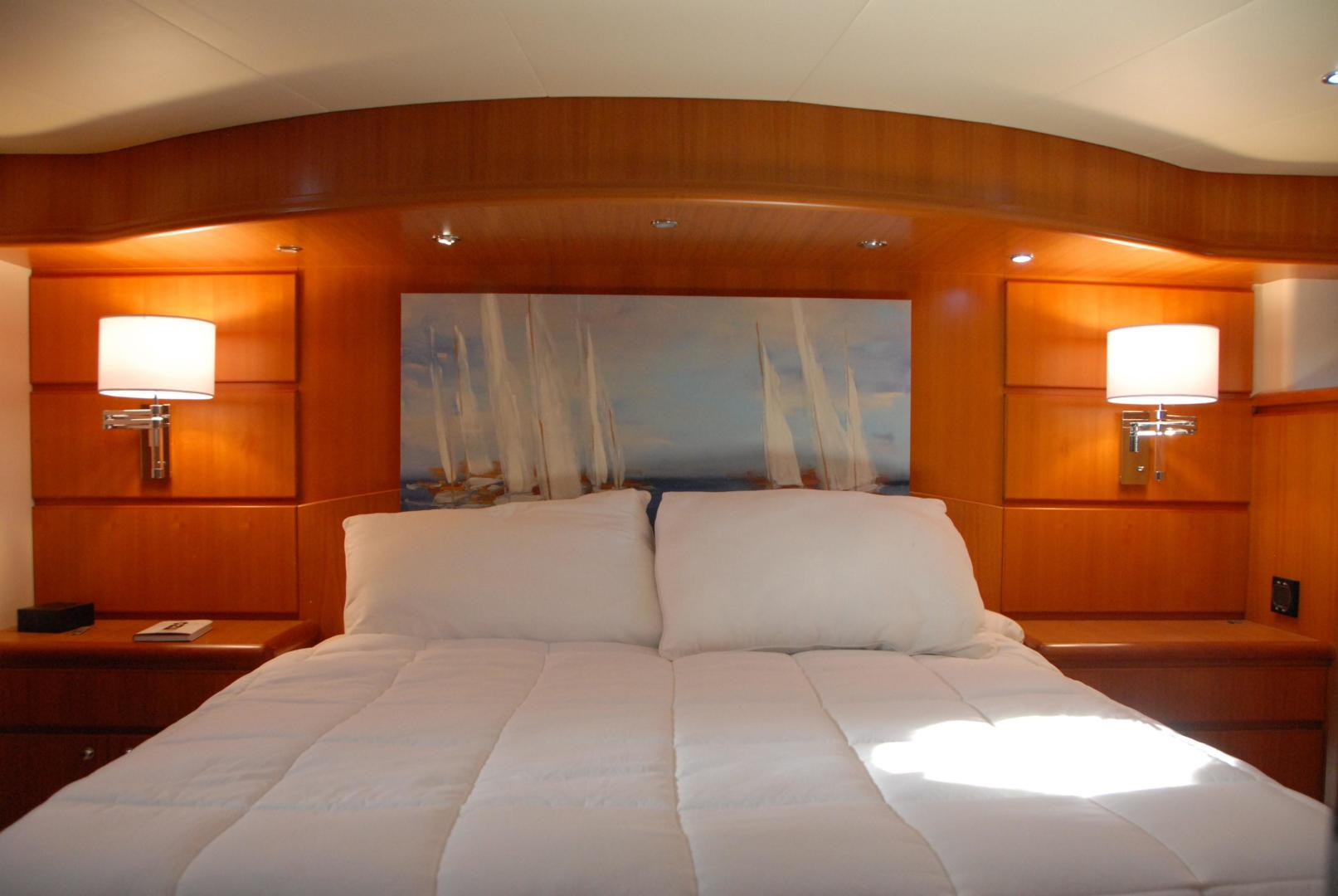 West Bay-Sonship 2003-ROOM SERVICE Fort Lauderdale-Florida-United States-Master Stateroom-474087 | Thumbnail