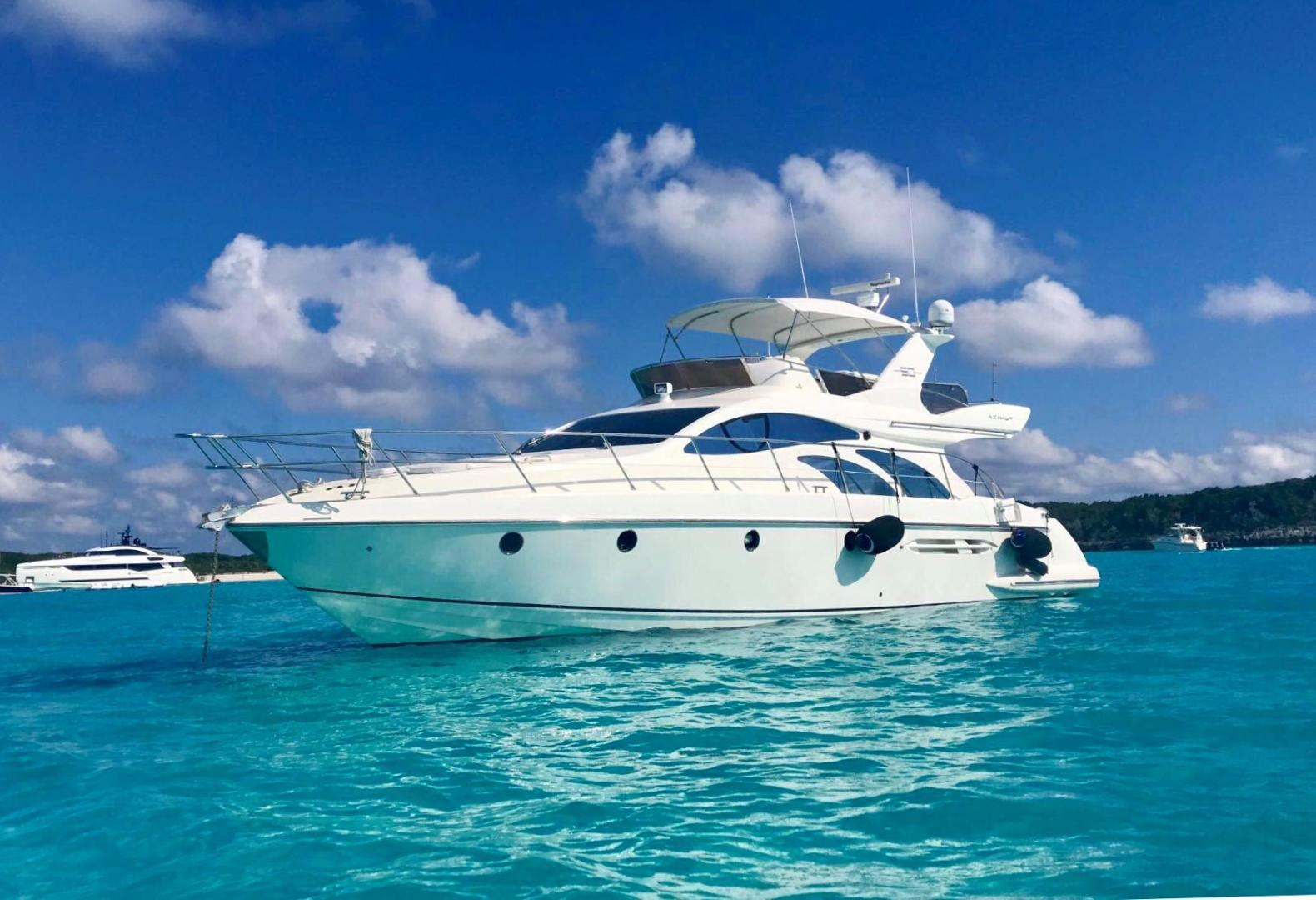 Picture Of: 50' Azimut 50 2005 Yacht For Sale | 2 of 9