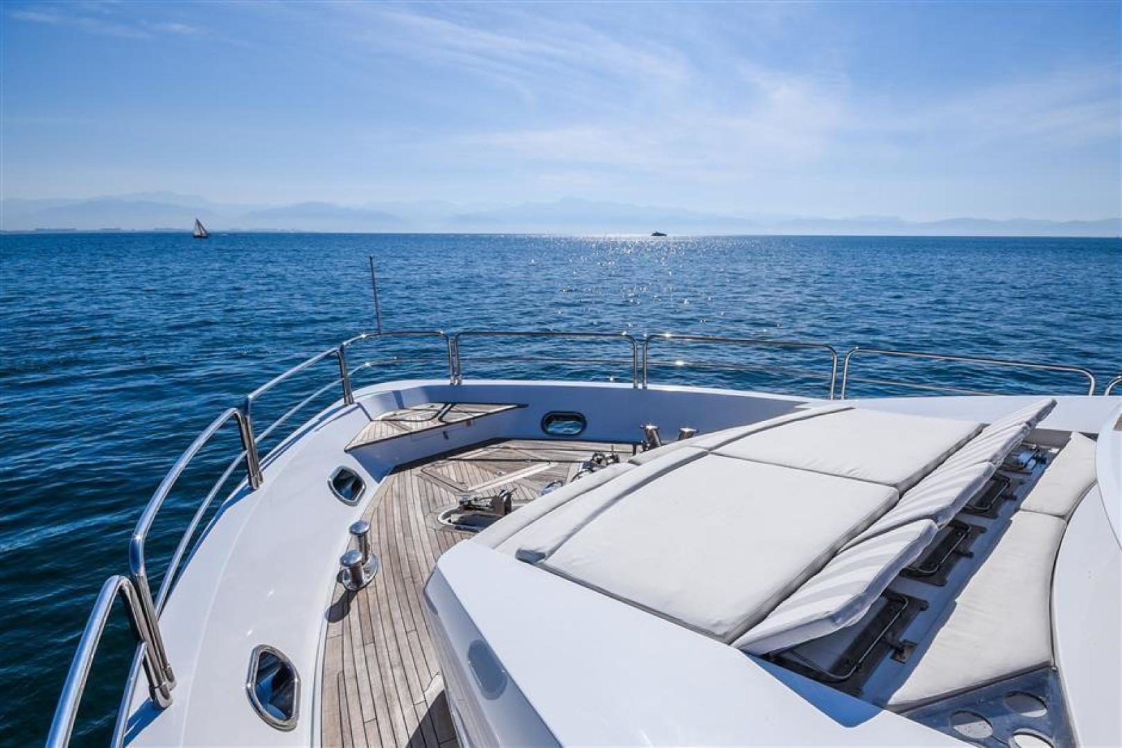 Sunseeker-34 Metre Yacht 2012-LunaRossa Puerto Vallarta-Mexico-704522 | Thumbnail