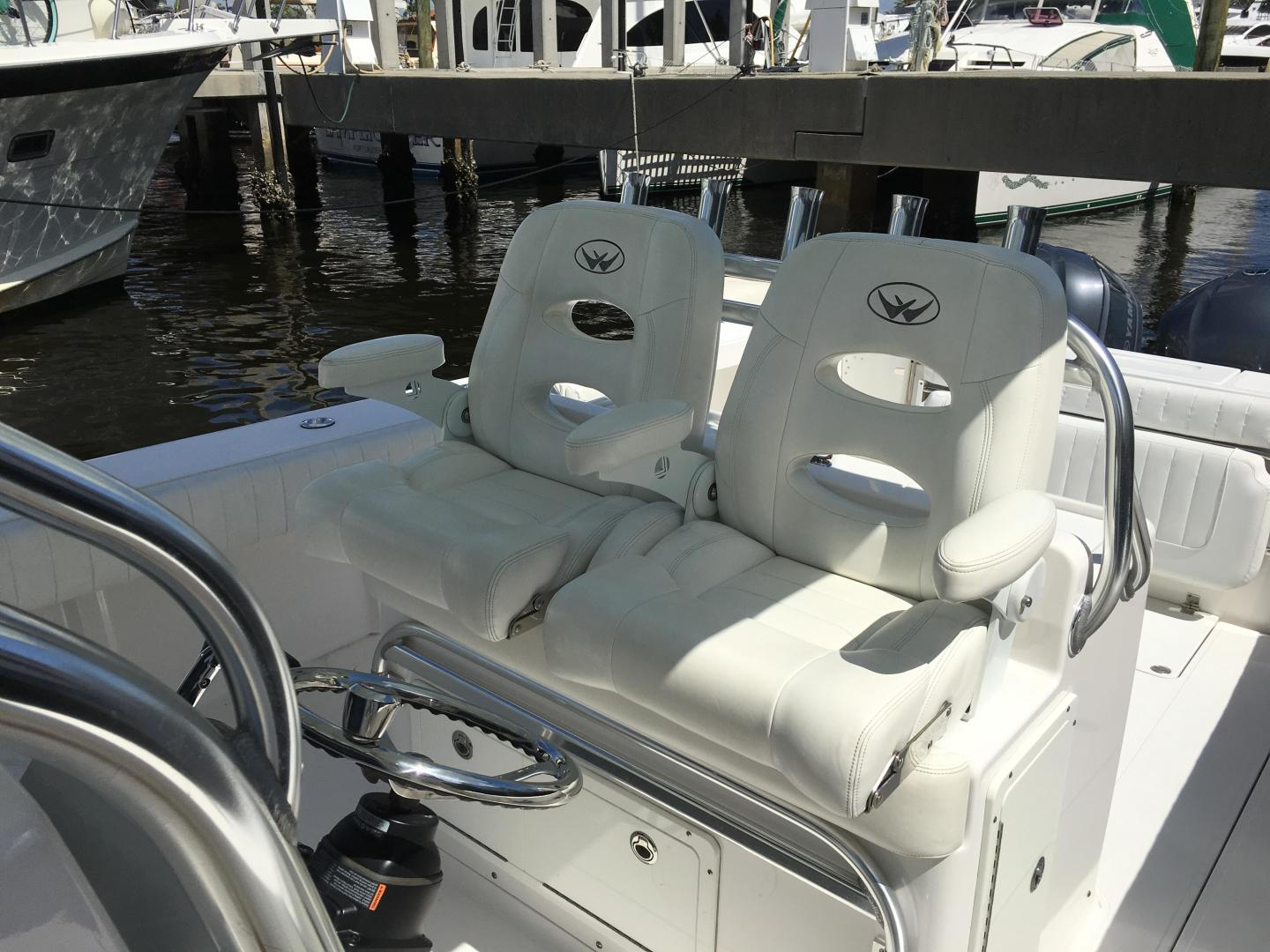 Southport-33 FE 2015-Goldfish Fort Lauderdale-Florida-United States-Helm Chairs-761585 | Thumbnail