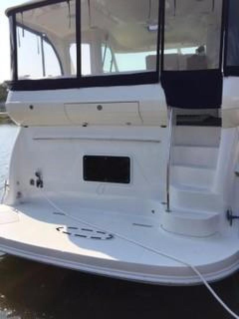 Picture Of: 48' Sea Ray 480 Motor Yacht 2005 Yacht For Sale | 2 of 11