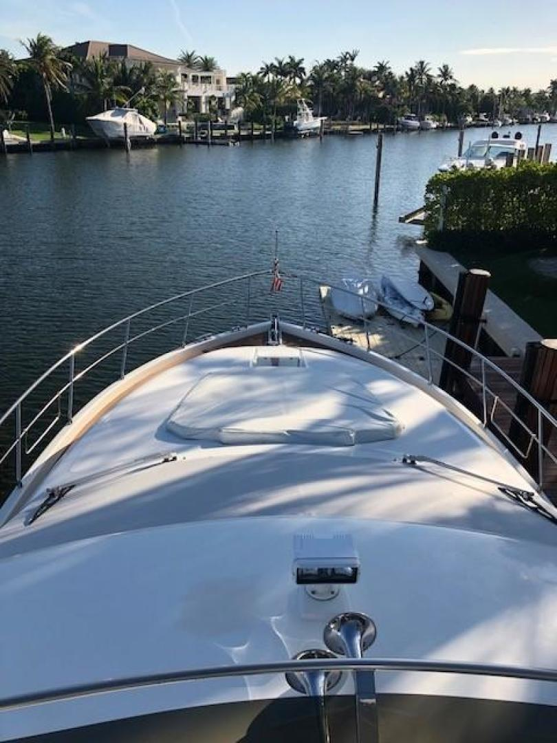 Picture Of: 55' Uniesse 55 SEDAN 2002 Yacht For Sale | 2 of 12