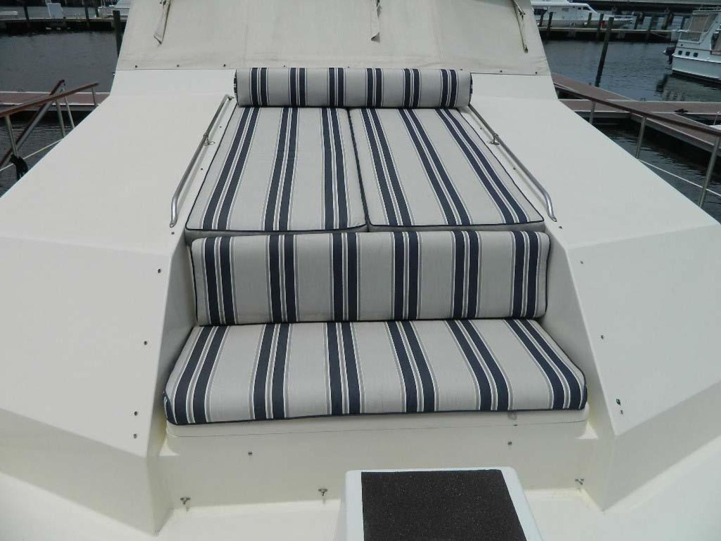 Hatteras-Motor Yacht 1989-Windfall Stuart-Florida-United States-Foredeck Seating-910366 | Thumbnail