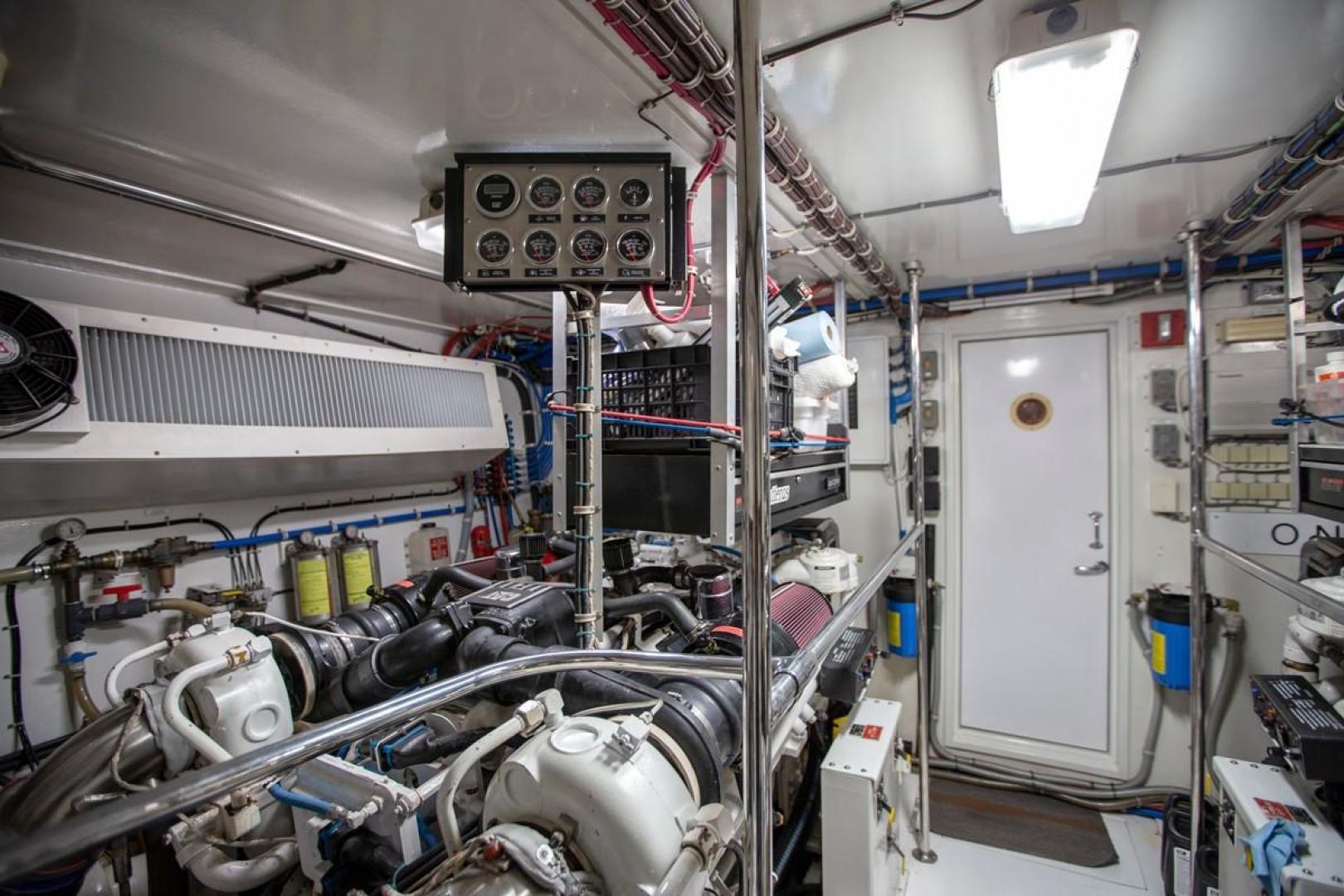 Hatteras-Cockpit Motor Yacht 2000-Getaway Ft. Lauderdale-Florida-United States-977384 | Thumbnail