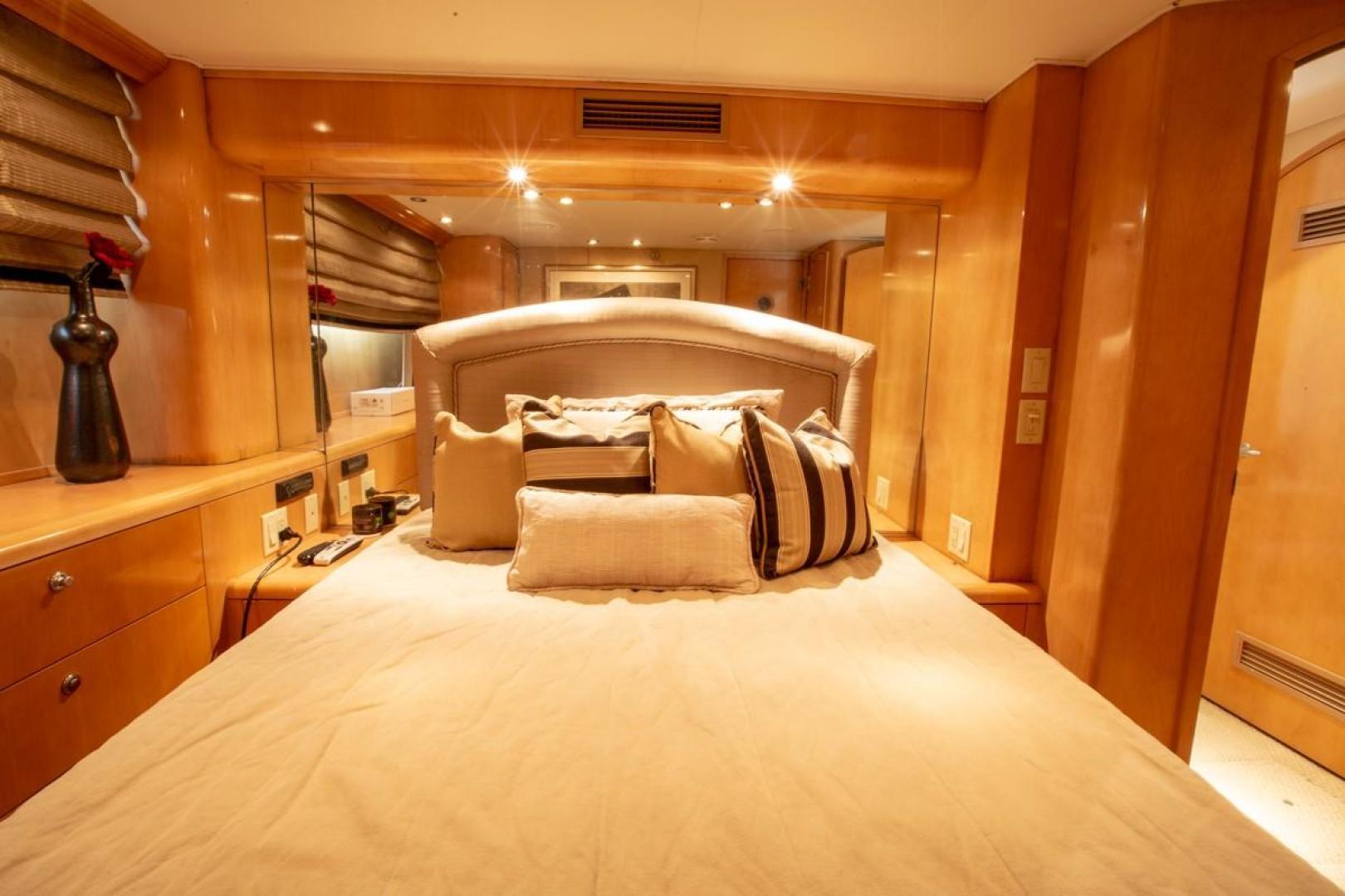 Hatteras-Cockpit Motor Yacht 2000-Getaway Ft. Lauderdale-Florida-United States-977378 | Thumbnail
