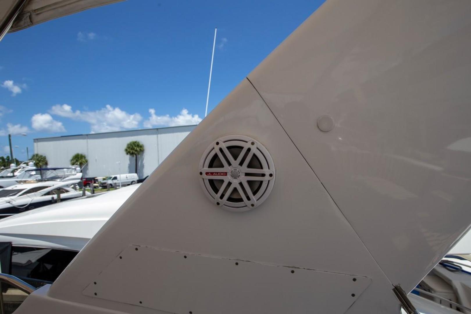 Hatteras-Cockpit Motor Yacht 2000-Getaway Ft. Lauderdale-Florida-United States-977404 | Thumbnail