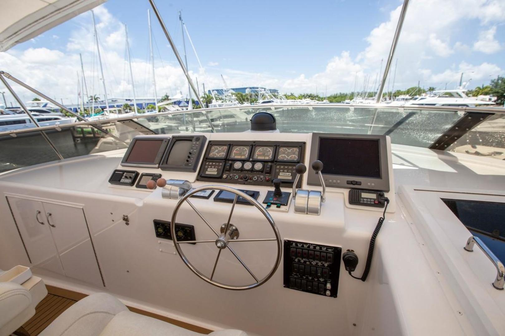 Hatteras-Cockpit Motor Yacht 2000-Getaway Ft. Lauderdale-Florida-United States-977401 | Thumbnail
