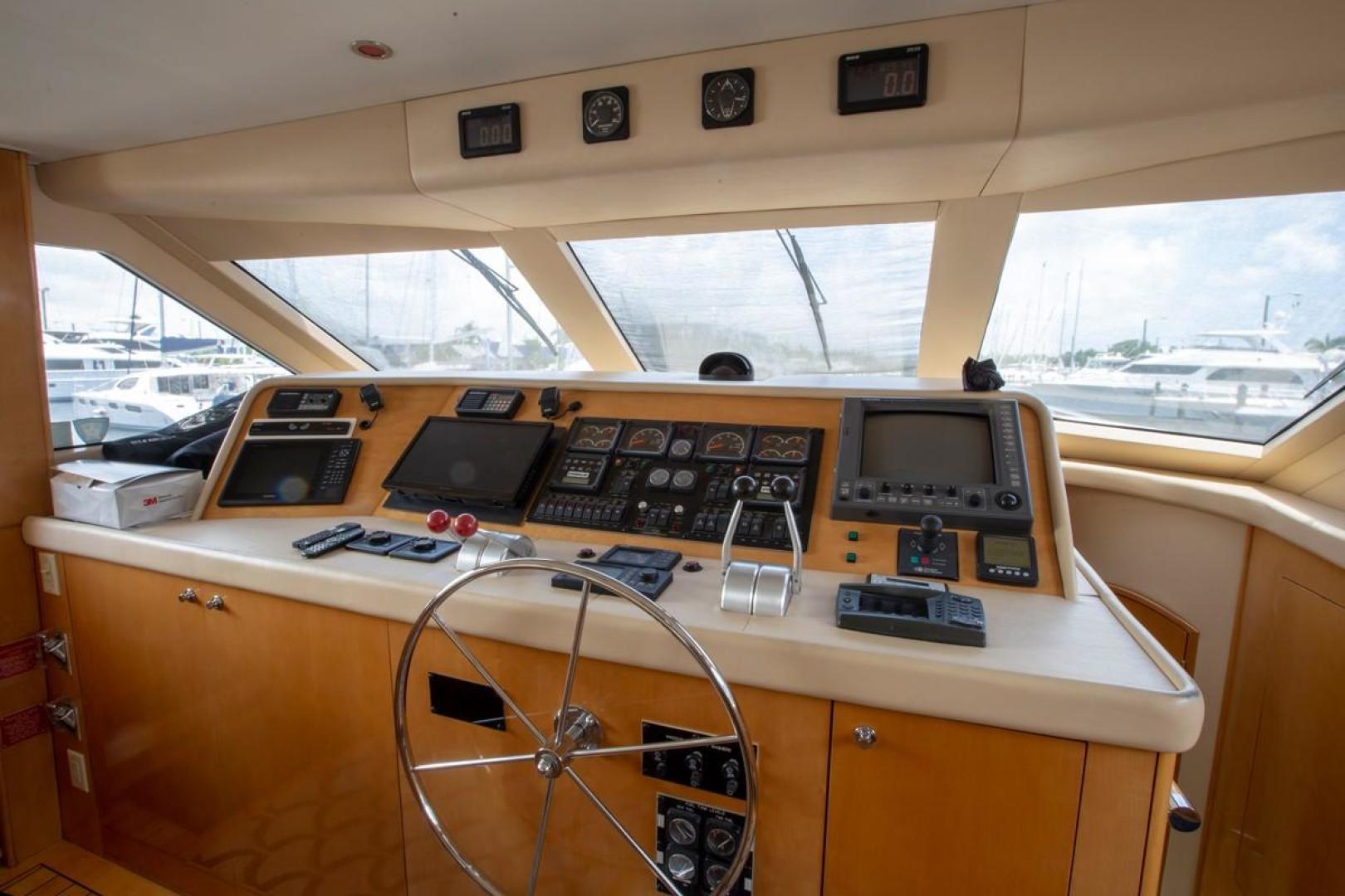 Hatteras-Cockpit Motor Yacht 2000-Getaway Ft. Lauderdale-Florida-United States-977374 | Thumbnail