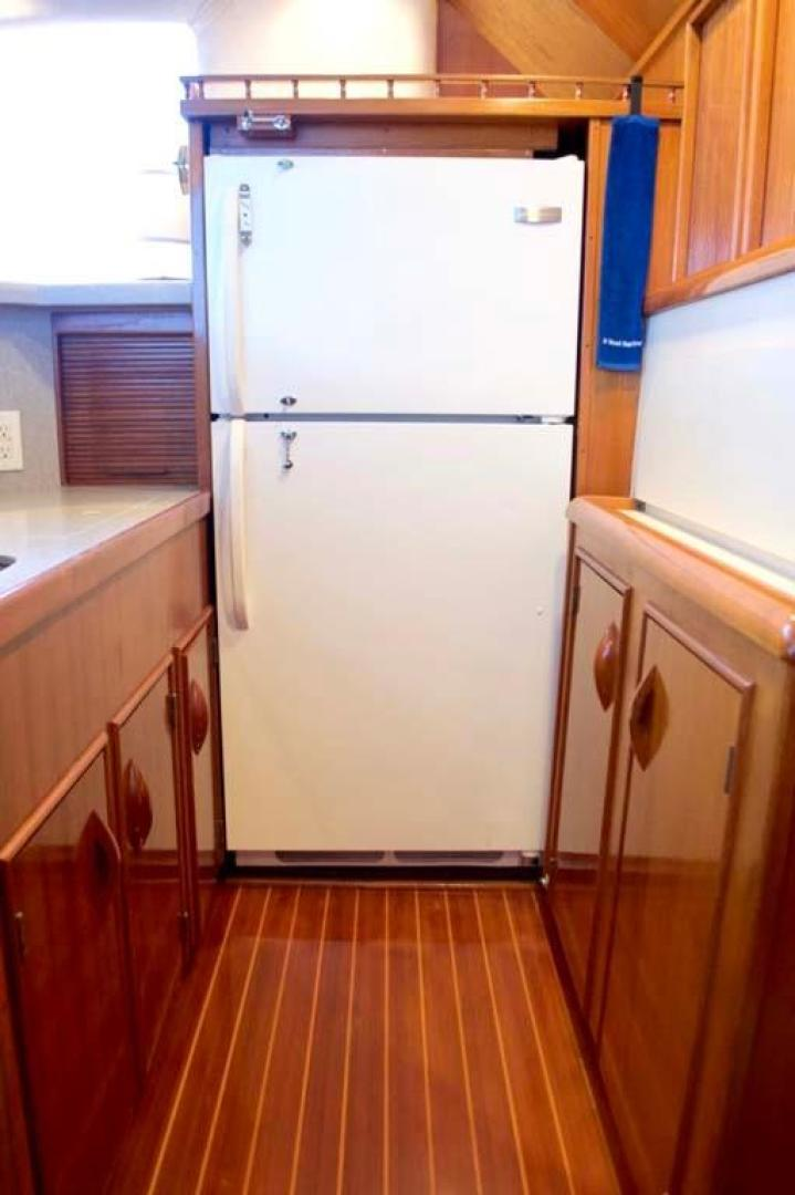 Buddy Davis-47 Sportfish 1988-Yellowfin Milford-Connecticut-United States-Galley Refrigerator-1031273   Thumbnail