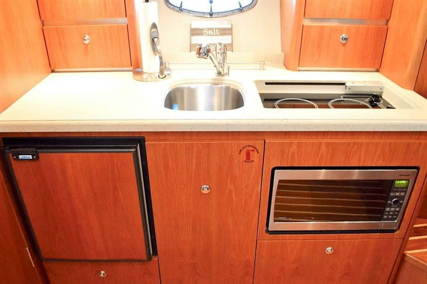 Tiara-3200 Open 2007-Perrydise Long Island-New York-United States-Galley Appliances-1031331 | Thumbnail