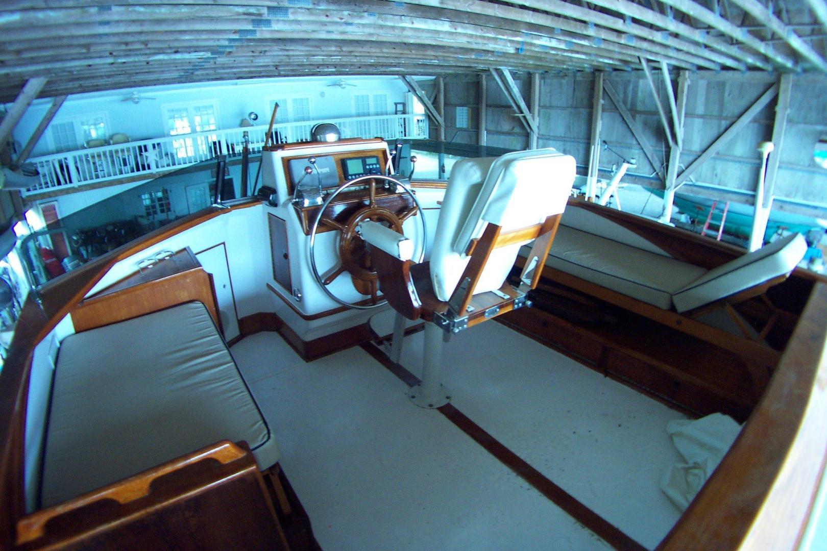 Trumpy-CPMY 1960-ATLAS Stuart-Florida-United States-Flybridge Seating-452906 | Thumbnail