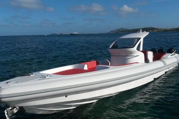 46' Pirelli Pzero 1400 Outboard Edition 2018 |