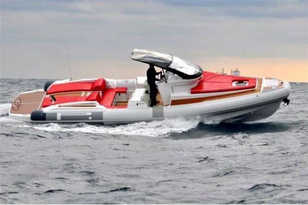 36' Pirelli Pzero 1100 Cabin 2019 | Yacht Tender