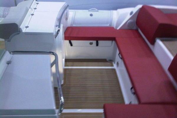 2019Pirelli 36 ft PZERO 1100 CABIN   Yacht Tender