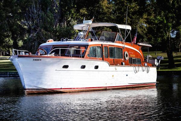 Chris-craft 45' Flybridge Motor Yacht 1953