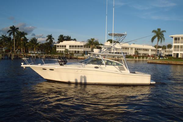 37' Sea Ray Express Cruiser 1999 | Angler Management