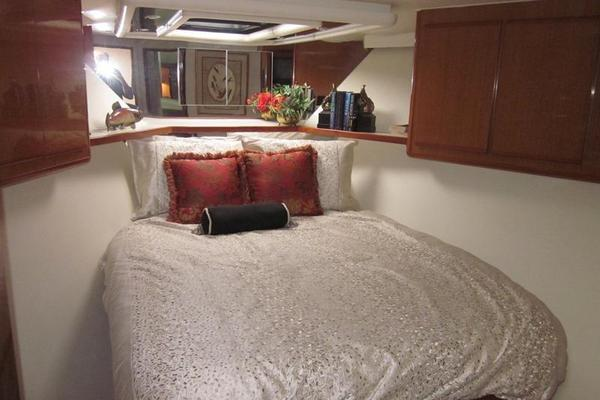 2000 Viking 60' 60 Cockpit Sport Yacht Lindonia | Picture 4 of 25