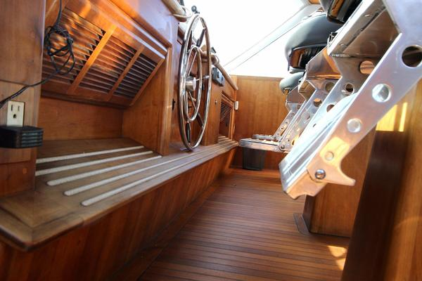 1990 Douglas 76' Yachtfisher Yacht Fisher GLADIATOR | Picture 7 of 89