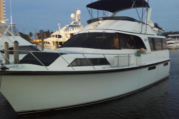 48' Ocean 48 Motor Yacht 1989 | Hula Girl