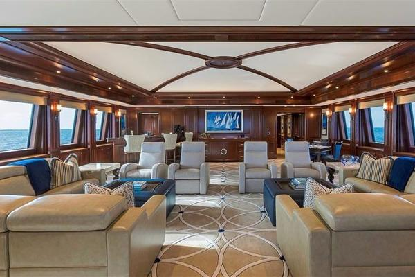 2011 Newcastle 180' 5500 Series SOVEREIGN | Picture 6 of 43