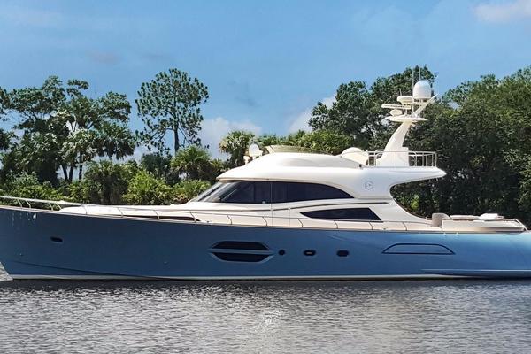 74' Mochi Craft Motor Yacht 2006 | VALKYRIE