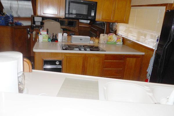 Picture Of: 72' Vantare Cockpit MotorYacht 1991 Yacht For Sale | 3 of 14