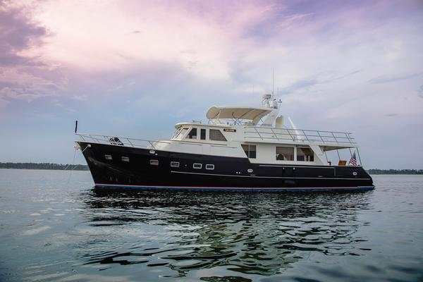 64' Grand Alaskan Pilothouse 2006 | VALOR