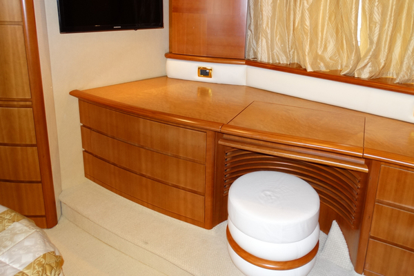 2010 Azimut 62' Motor Yacht Simple Toy | Picture 6 of 9