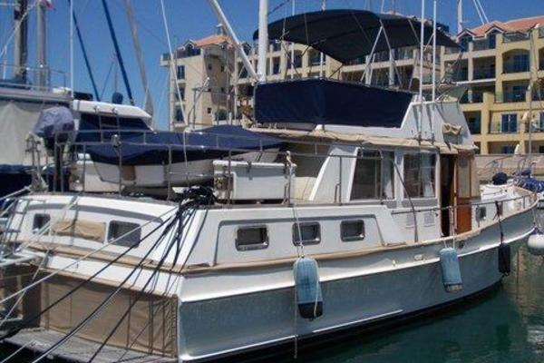 Picture Of: 46' Grand Banks 42 Heritage Classic 1997 Yacht For Sale | 3 of 54