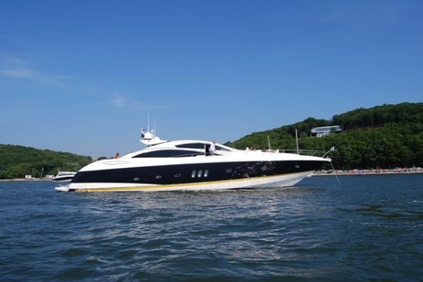 2005Sunseeker 82 ft Predator   Impulsive