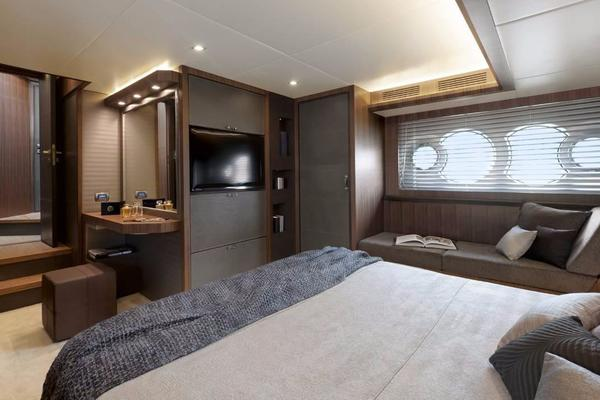 2019Monte Carlo Yachts 66 ft MCY 66